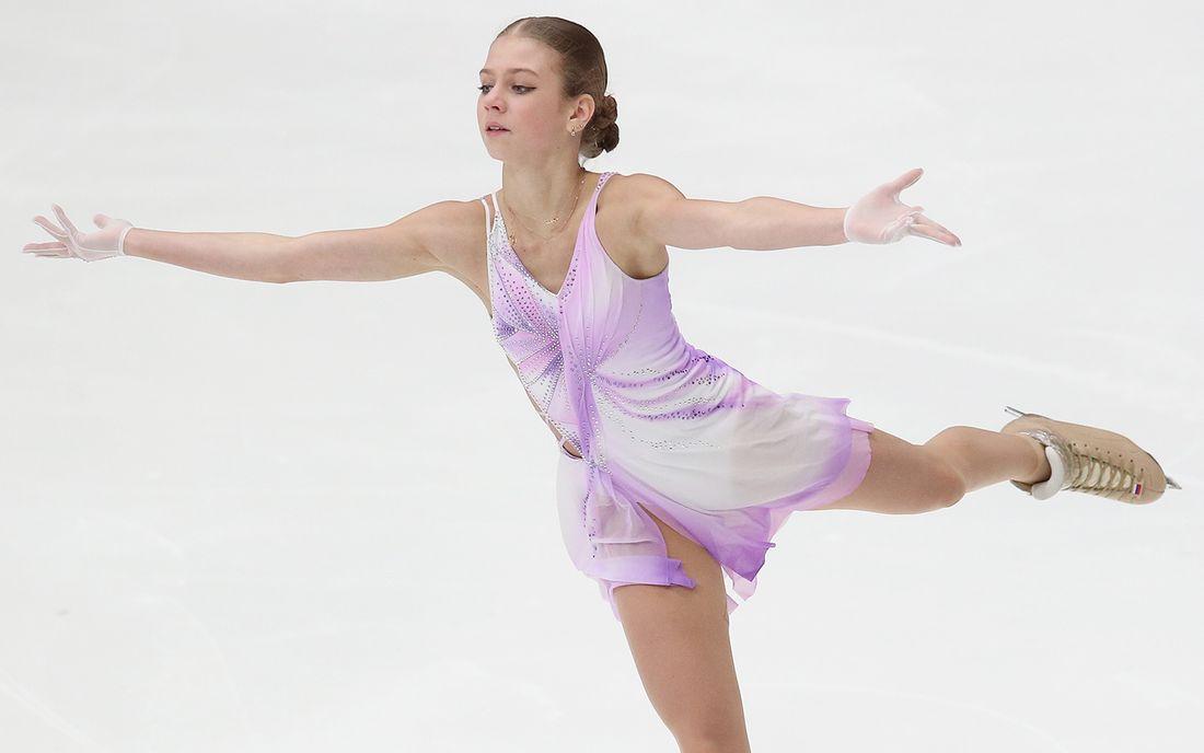 Трусова выполнила 5 четверных прыжков в произвольной программе на ЧМ, но дважды упала