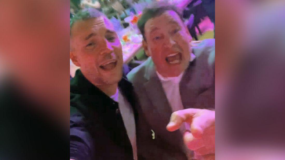 Дзюба и Слуцкий спели хит группы 'Руки вверх!' '18 мне уже': видео