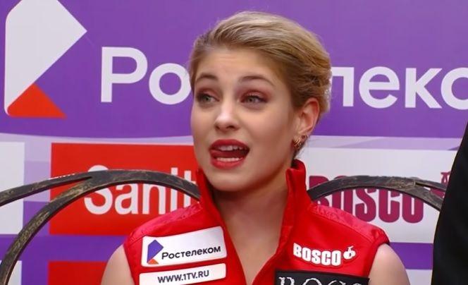 Фанаты скандировали имя Туктамышевой во время выставления оценок Косторной, Алена неловко улыбалась: видео